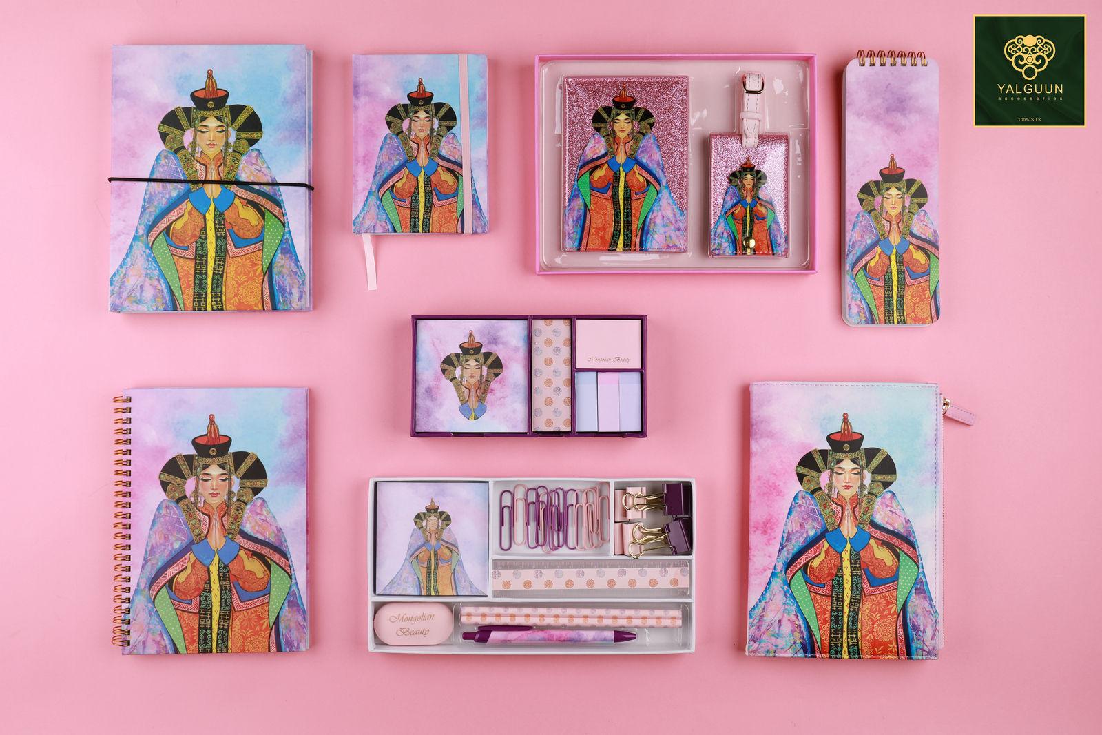 Торгон алчуурны брэнд үзэсгэлэнт хатдын зурагтай тэмдэглэлийн дэвтэрний цуглуулга танилцууллаа
